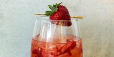 Brunch Cocktail: Strawberry Aperol Spritz [Recipe]