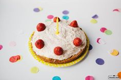 Geburtstagstorte //Hunderezept von Herrchen kocht www.herrchenkocht.de