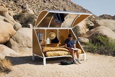 Wagon Station Encampment / Andrea Zittel - Fragments of architecture