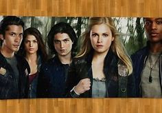 Eliza Taylor, Eli Goree, Bob Morley, Marie Avgeropoulos, Thomas McDonell and Brendan Meadows in The 100 The 100 Tv Series, The 100 Serie, Tv Series 2013, The 100 Show, Marie Avgeropoulos, Eliza Taylor, Hans Matheson, Newest Tv Shows, New Shows