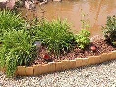 bordures de jardin -planches-bois-parterre-paillage-décoratif-bassin-jardin