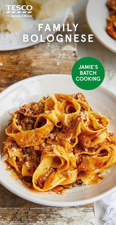 """Batch-it-up family Bolognese, Food And Drinks, Jamie Oliver says, """"The secret to a seriously good Bolognese is to make a big batch and cook it low and slwo. This one contains lentils and veg, and i. Pork Recipes, Pasta Recipes, Dinner Recipes, Cooking Recipes, Healthy Recipes, Healthy Food, Jamie Oliver, Cottage Pie Recipe Beef, Kitchens"""