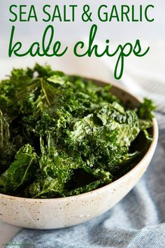 No Fail, Crispy Kale Chips Every Time Sea Salt And Garlic Kale Chips Recipe From Thebusybaker. Kale Chip Recipes, Veggie Recipes, Diet Recipes, Vegetarian Recipes, Cooking Recipes, Healthy Recipes, Baked Kale Recipes, Skillet Recipes, Cooking Tools