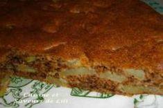 Gâteau aux pommes, à la compote de pommes et aux noix