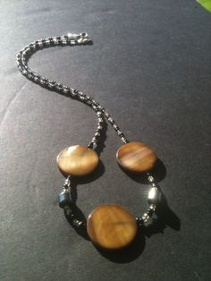 Sale Beaded Necklace blk and gold tone on Etsy, $11.00