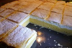 SUROVINY 1 bal.listové těsto 2 lmléko 1/2 lvoda 6 ksvejce 6 lžichladká mouka 20 gkukuřičný škrob 3 b Poppy Seed Kolache Recipe, Cream Cheese Kolache Recipe, Czech Desserts, Sweet And Sour Cabbage, European Dishes, Pancake Roll, Sweet Dough, Sour Taste, Cheesecake Bars