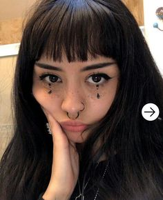 aesthetic makeup halloween Super makeup tips for o - aestheticmakeup Edgy Makeup, Grunge Makeup, Makeup Inspo, Makeup Art, Makeup Inspiration, Hair Makeup, Freckles Makeup, Freckles Girl, Cute Emo Makeup