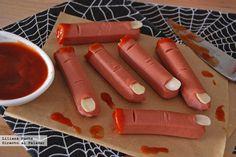 Dedos amputados sangrantes de salchicha. Receta de Halloween