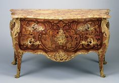 Commode    Artist/Maker:cabinetmakerDate:Circa 1745Place:Paris/FranceClassification:Furniture