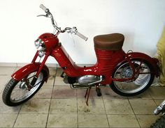 Moto Jawa, 50cc Moped, Enfield Motorcycle, Classic Motors, Royal Enfield, Scooters, More Photos, Motocross, Java