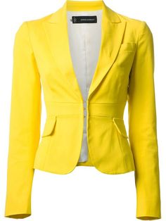 Shop DSQUARED2 cropped blazer in Benesch from the world's best independent boutiques at farfetch.com. Over 1000 designers from 300 boutiques in one website.