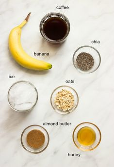 Coffee Banana Smoothie with Oats and Chia - coffee and a smoothie in one Made with healthy ingredients littlebroken Coffee Banana Smoothie, Coffee Smoothie Recipes, Smoothie Fruit, Banana Coffee, Raspberry Smoothie, Apple Smoothies, Healthy Smoothies, Healthy Drinks, Smoothies With Oats
