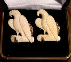 RARE Original Vintage SWANK Genuine Ivory Eagle Cufflinks