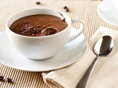 Love anything dark chocolate. And mousse. (Recipe For Chocolate Mousse Food) Dark Chocolate Mousse, Chocolate Mousse Recipe, Chocolate Desserts, Chocolate Mouse, Chocolate Pudding, Chocolate Coffee, Small Desserts, Just Desserts, Dessert Recipes