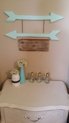 Arrow sign wooden sign wall sign reclaimed by SunflowerStampede, $20.00