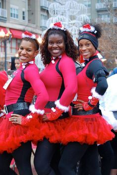 Get FESTIVE this holiday season! Check out these awesome 5K Jingle Bell Run costume ideas.
