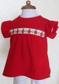 Red little dress with handmade mexican embroidery    está padrisimo Gaby