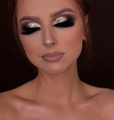 how to do natural makeup Gold Eye Makeup, Glam Makeup Look, Makeup Eyeshadow, Professionelles Make Up, Make Up Gold, Makeup Inspo, Makeup Art, 21st Birthday Makeup, Make Up Kurs
