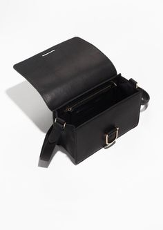 D-Ring Leather Shoulder Bag | Black