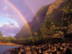 Double Rainbow @ Hawaii I've only a double rainbow twice in my lifetime and both seen while looking across a lake.