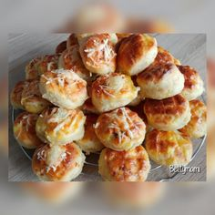 Krumplis pogácsa – Betty hobbi konyhája Doughnut, Muffin, Breakfast, Desserts, Food, Morning Coffee, Tailgate Desserts, Deserts, Essen