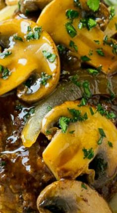 Slow Cooker Salisbury Steak - Dinner at the Zoo Crock Pot Slow Cooker, Crock Pot Cooking, Slow Cooker Recipes, Crockpot Recipes, Cooking Recipes, Healthy Recipes, Cooking Beef, Steak And Mashed Potatoes, Salisbury Steak Recipes