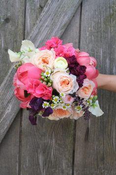 Hochzeitsstrauß mit Pfingstrosen Die Blumenbinderei in Dresden