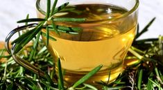 Tea for Cough - Drink Herbal Tea Tea For Cough, Rosemary Tea, Hypothyroidism Diet, Herbal Tea, Drinking Tea, Health Tips, Herbalism, Alcoholic Drinks, The Cure