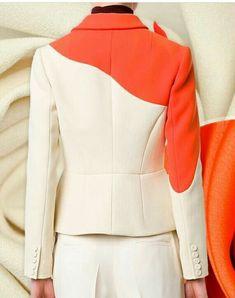 Delpozo blazer with flower shoulder embellishment Blazer Fashion, Fashion Wear, Daily Fashion, Hijab Fashion, Fashion Dresses, Fashion Looks, Womens Fashion, Suits For Women, Clothes For Women