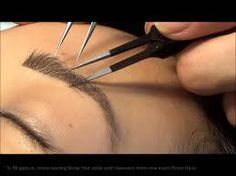 3 Ways To Fill In Your Eyebrows For A Natural Appearance - Tutorial Permanent Makeup Eyebrows, Eyebrow Makeup, Eye Brows, Eyebrow Extensions, Henna Brows, Skin Care Spa, Microblading Eyebrows, Eyeliner Tutorial, Face And Body