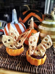 Are you ready for Halloween?? If not, here are 50 amazing Halloween recipes that are sure to freak people out.