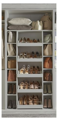 Wardrobe Design Bedroom, Diy Wardrobe, Wardrobe Storage, Bedroom Wardrobe, Shoe Rack In Wardrobe, Walking Wardrobe Ideas, Fitted Wardrobe Design, Wardrobe Interior Design, Preppy Wardrobe