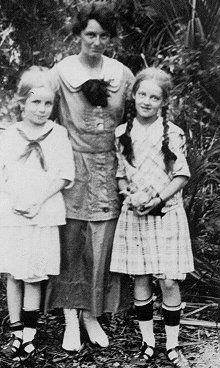 Bette Davis and family