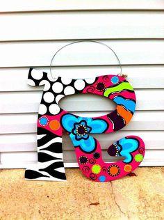 Funky Style Door Hanger. Love, love love! Going to have to make this 4 my door