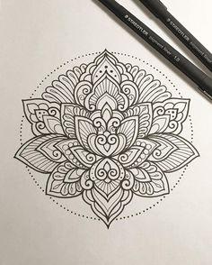 "692 curtidas, 13 comentários - Dominique Holmes (@domholmestattoo) no Instagram: ""Lotus.  #tattoo #tattoodesign #tattooart #art #design #drawing #sketch #penandink #handdrawn…"""