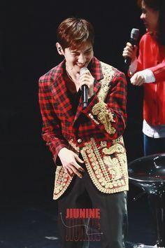 Tvxq Changmin, Actor Model, Dancer, Kpop, Actors, Blazer, Fashion, Moda, Fashion Styles