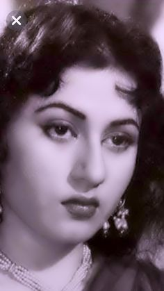 Indian Bollywood Actress, Beautiful Bollywood Actress, Most Beautiful Indian Actress, Beautiful Actresses, Indian Actresses, Bollywood Wedding, Vintage Bollywood, Bollywood Images, Bollywood Stars