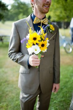 Lovebird Productions: Wedding Videography + Lovely Blog: Navy and Yellow Mountain Wedding
