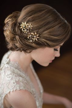 Bel Aire Bridal accessories gilded hairpiece antique gold flower 1723 klk photography ebell #wedding shoot sv #bridal #headpiece #accessories #weddingaccessories #gold