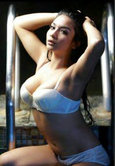 Latina pornstar nude