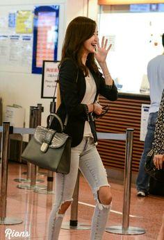 Korean Airport Fashion, Korean Fashion, Snsd Fashion, Yoona Snsd, Popular Girl, Street Style Trends, Airport Style, Western Outfits, Girls Generation