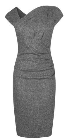 pencil dresses Gorgeous dress that could be great for work or interviews if paired with the right accessories! - red black white dress, blue dress with sleeves, navy dress *ad Mode Style, Style Me, Beautiful Outfits, Cute Outfits, Gorgeous Dress, Classic Outfits, Pretty Dresses, Dresses For Work, Modelos Fashion
