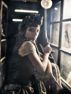 WWW.REBECASARAY.COM  Modelo: Noemi Mesa Blanes  Make-up: Lorena Sanchez  Estilismo: Alassie el costurero real  Complementos steampunk: Jafet  Asistente taller:Juanma Zoombie