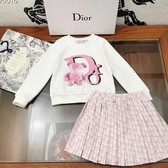 Cute Little Girls Outfits, Cute Swag Outfits, Kids Outfits Girls, Baby Clothes Patterns, Baby Kids Clothes, Baby Girl Fashion, Kids Fashion, Girl Maternity Pictures, Luxury Kids Clothes