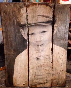 fotografías y retratos sobre palets                                                                                                                                                                                 Más