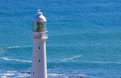 Kommetjie Lighthouse (by hyper7pro, via Flickr)     www.capepointroute.co.za