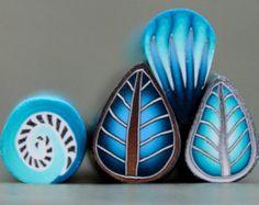 Guarda gli oggetti unici di ikandiclay su Etsy, un mercato globale del fatto a mano, del vintage e degli articoli creativi.