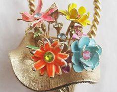 Tall Vintage Enamel and Rhinestone Flower Basket Pin