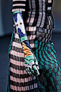 Dior couture 13 - via Beau Travail aime