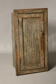 CUPBOARD. American, mid 19th Century. Pine with sq
